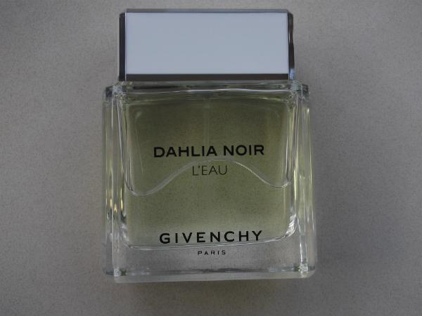 Dahlia Noir Givenchy L'Eau