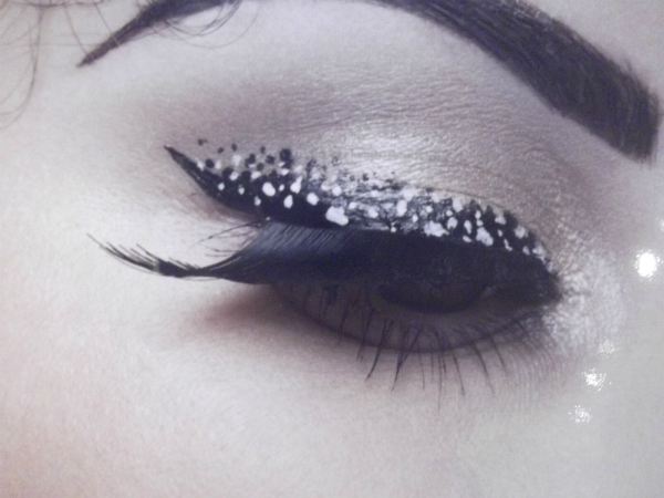 Illamasqua Precision Ink Feather Eye