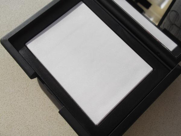 NARS Translucent Crystal Powder