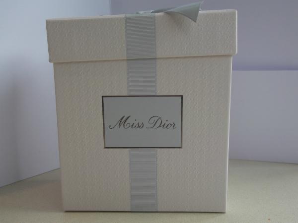 Miss Dior Box