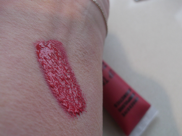 OCC Lip Tar Swatch Super NSFW