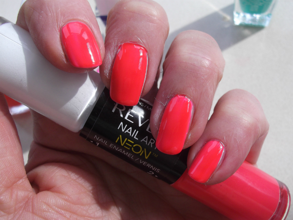 Revlon Neon Nail Art Pen Swatch