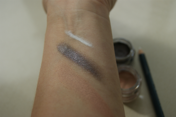 B. Stunning New Eye Shimmer Swatch