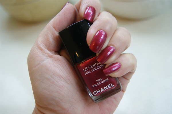 Chanel Rouge Moire Swatch