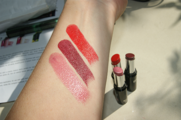 Kiko Make Up Milano Latex Like Lipstick Swatch