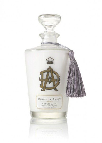 Downton Abbey Cream Bath