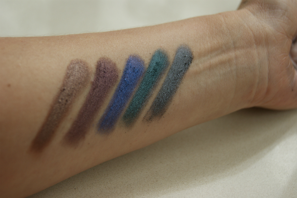 MUA Metallic Swatch