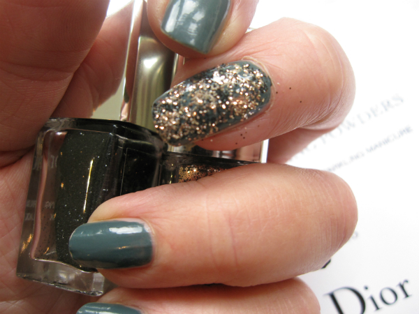 Dior Sparkling Nail Powder Swatch