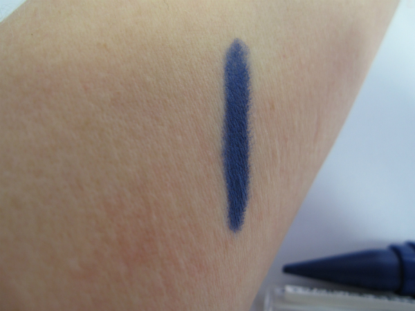 Maybelline Master Kajal Blue Swatch