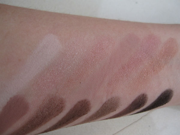 Urban Decay Naked 3 Swatch 1