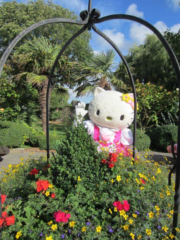 Hello Kitty at Drusillas Park
