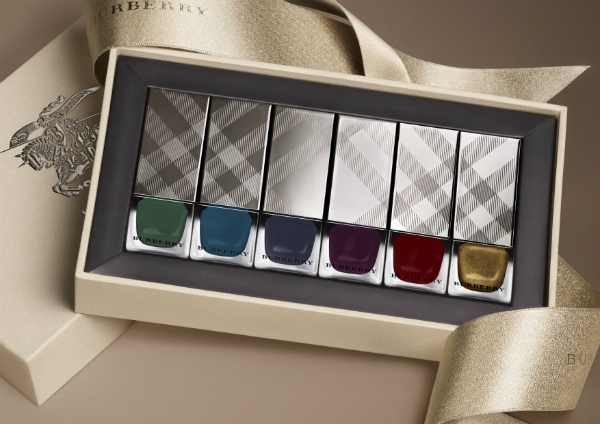 Burberry AW14 Nails