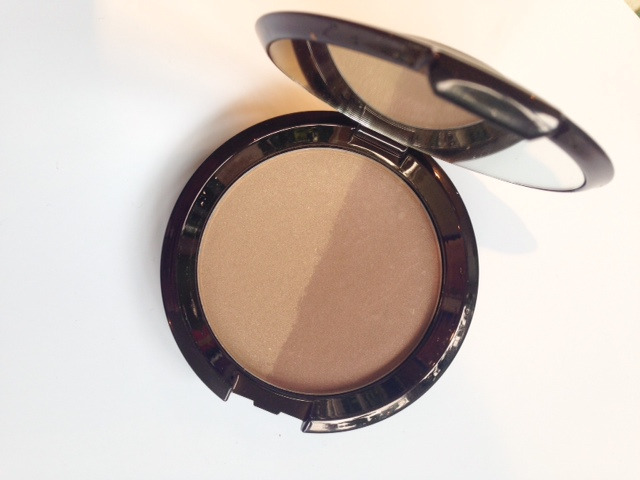Becca Shadow & Light Contour Powder