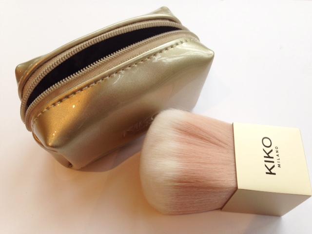 Luxurious Face Brush
