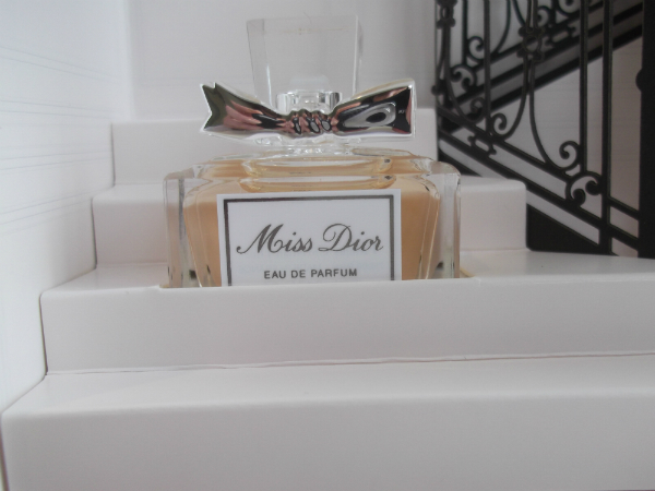 Miss Dior Miniature Close Up