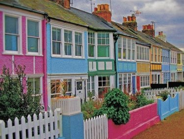 colorful-cottages-England