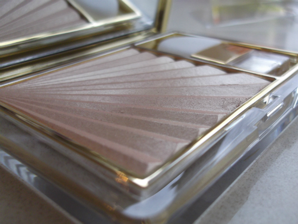 Estee Lauder Bronze Goddess 2103 Pure Color Illuminating Powder Gelee in Heat Wave