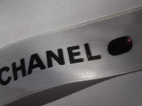 Chanel Taboo Swatch 2