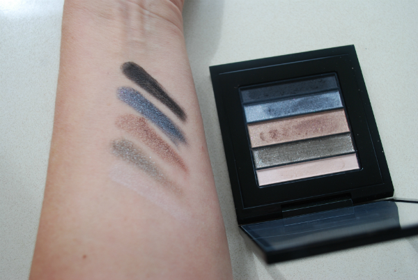 MAC Veluxe Pearlfusion Shadow Palette in Smokeluxe Swatch
