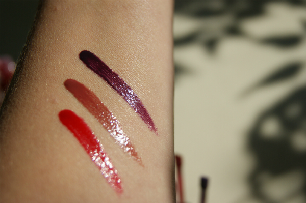 B. Brilliant Glosses Swatch