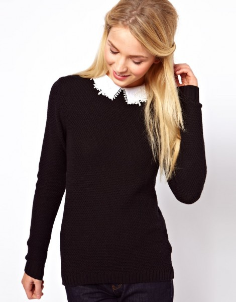 Jumper Lace Collar