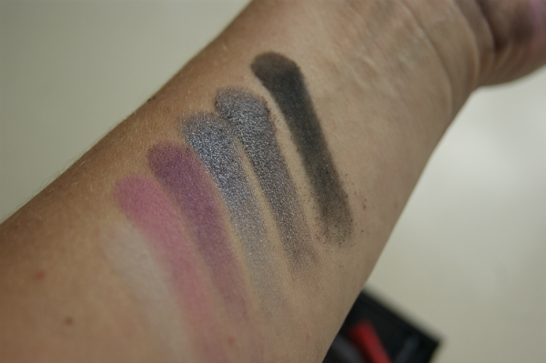 MAC Lopez Swatch