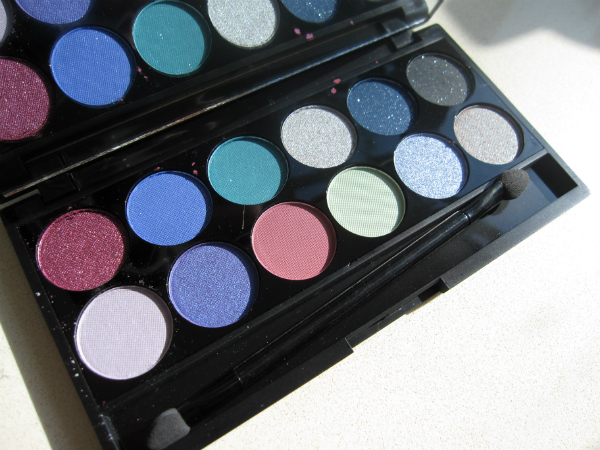 Sleek MakeUp i-Dinine Celestial Palette Open