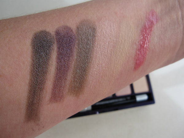 Urban Decay Shattered Upper Level Swatch
