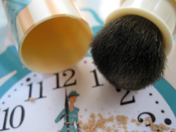 Benefit Porefessional PRO Powder Brush