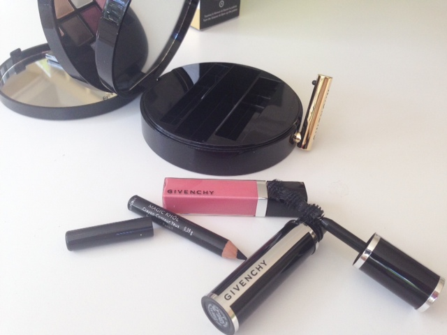 Glamour On The Go
